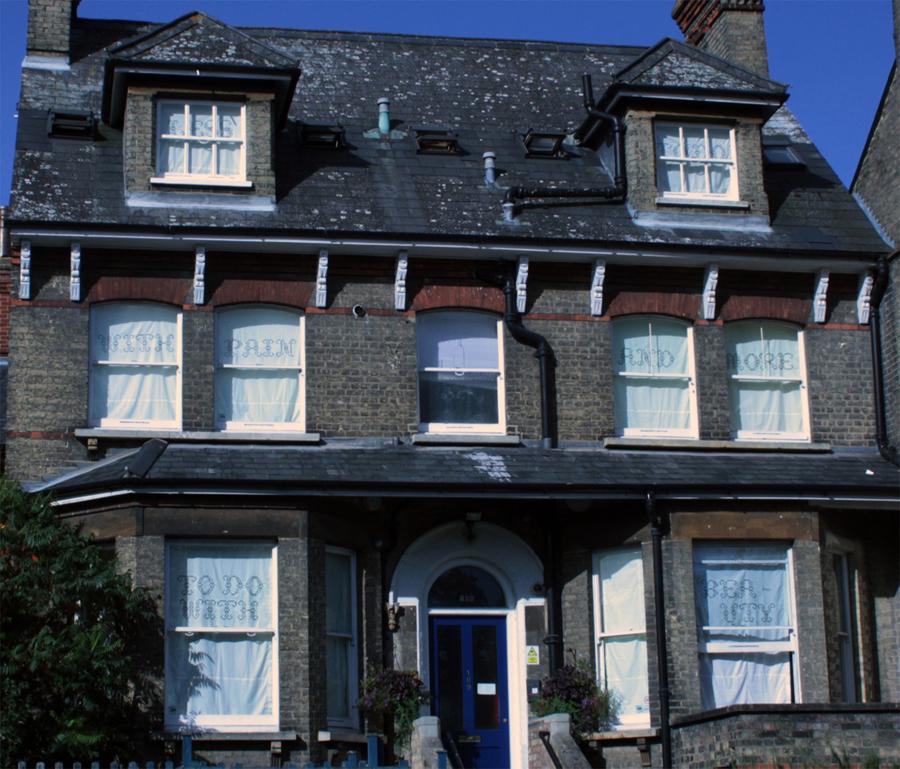 Patsy Rathbone Whitworth house (all2013))900w